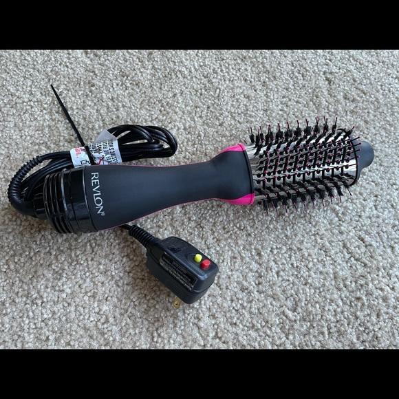 Revlon One-Step Hair Dryer/ Volumizer Titanium